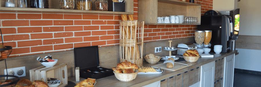 AX HOTEL Petit déjeuner